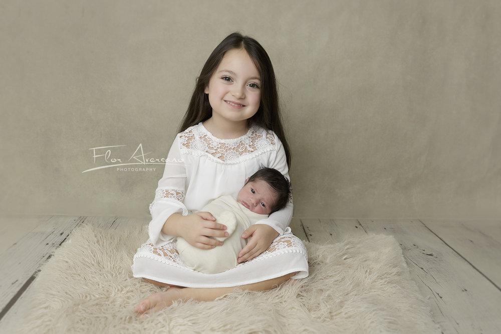 siblings - flor aversano