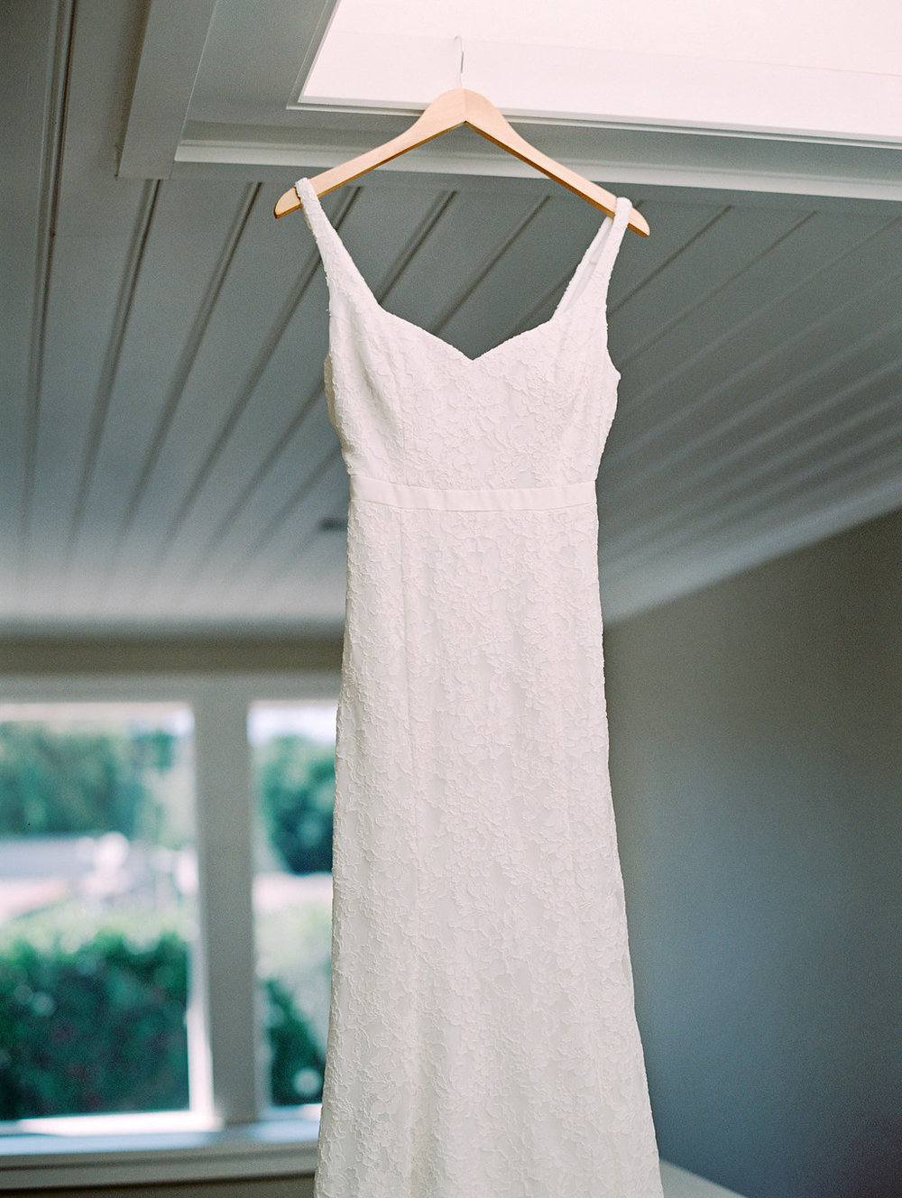 www.santabarbarawedding.com | Lavender and Twine | Sunstone Winery | Wedding Dress