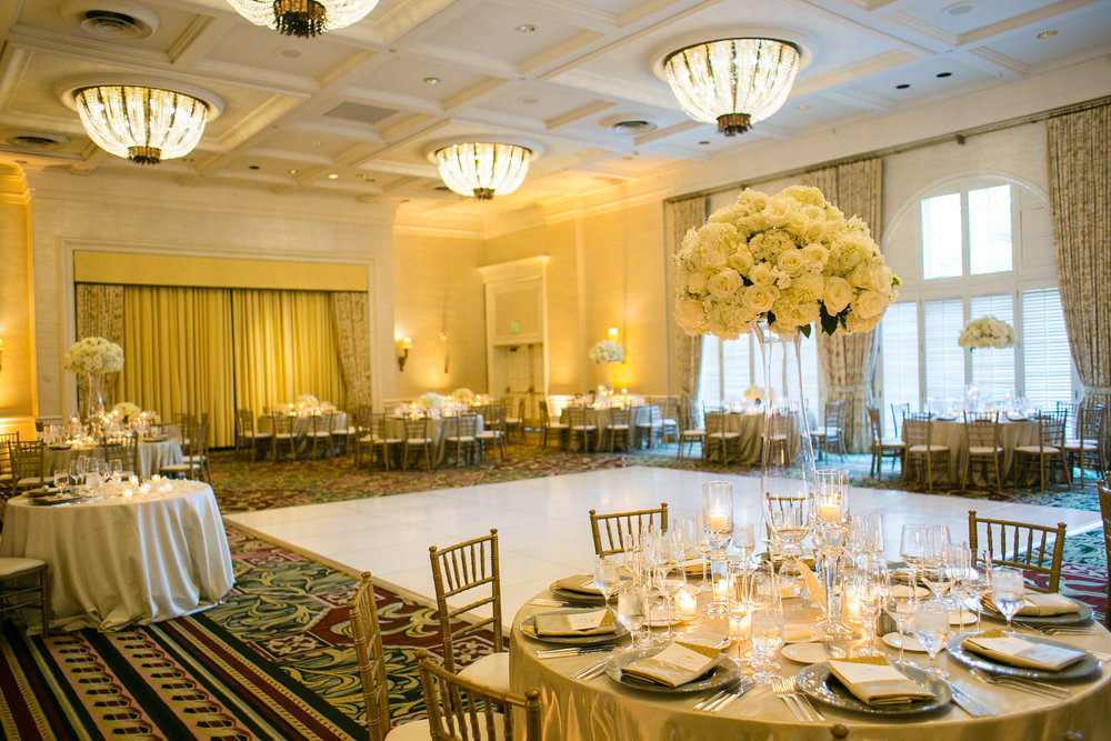 santabarbarawedding.com | Photographer: Mary Jane Photography | Santa Barbara Four Seasons Biltmore | Wedding Venue