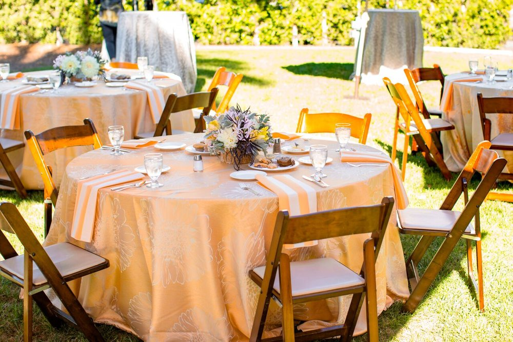 www.santabarbarawedding.com | The Santa Barbara Club | Wildflower Linen | Wedding Planner Brunch | Trendy Tuesday | Orange Table Set up