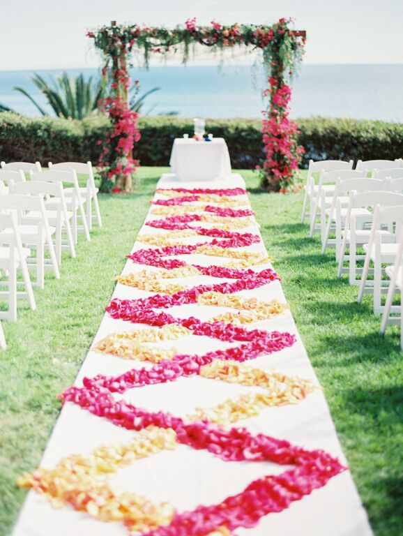 Santa Barbara Wedding Style | Santa Barbara Wedding Planner | Wedding Florist | Wisteria Lane | Altar Decor | Altar Floral