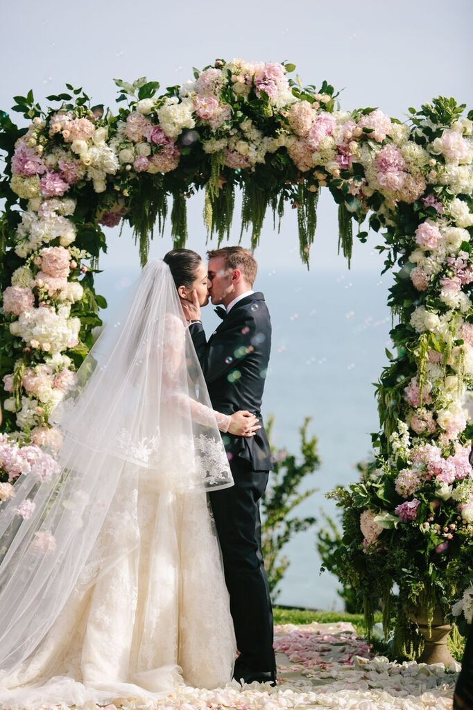 Santa Barbara Wedding Style | Santa Barbara Wedding Planner | Wedding Florist | Wisteria Lane | Altar Decor | Altar Floral | Outdoor Ceremony | Pale Pink Roses | Aisle Runner