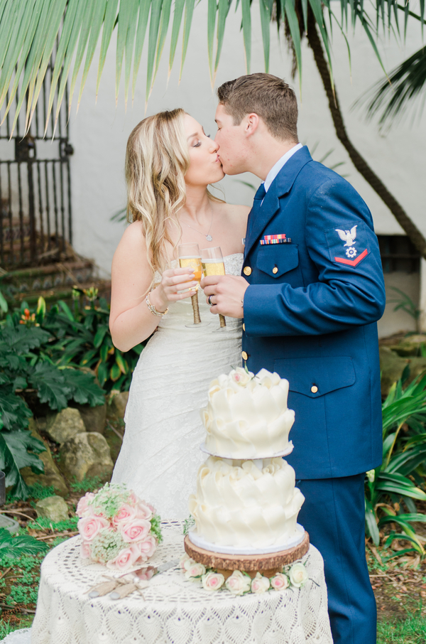 santabarbarawedding.com | photo: Stevie Dee Photography | Intimate Wedding at the Santa Barbara Courthouse