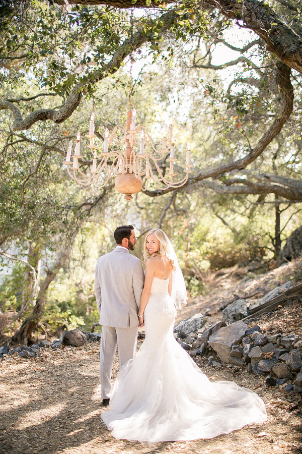santabarbarawedding.com | photo: Genessa Richards Photography | Rustic Periwinkle Wedding Inspiraiton