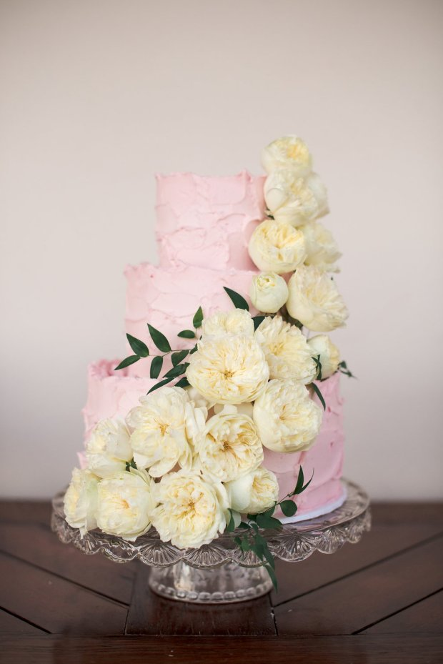 www.santabarbarawedding.com | Santa Barbara Wedding Style | Pink Buttercream frosting Three tier wedding cake | Soleil Events | Enjoy Cupcakes
