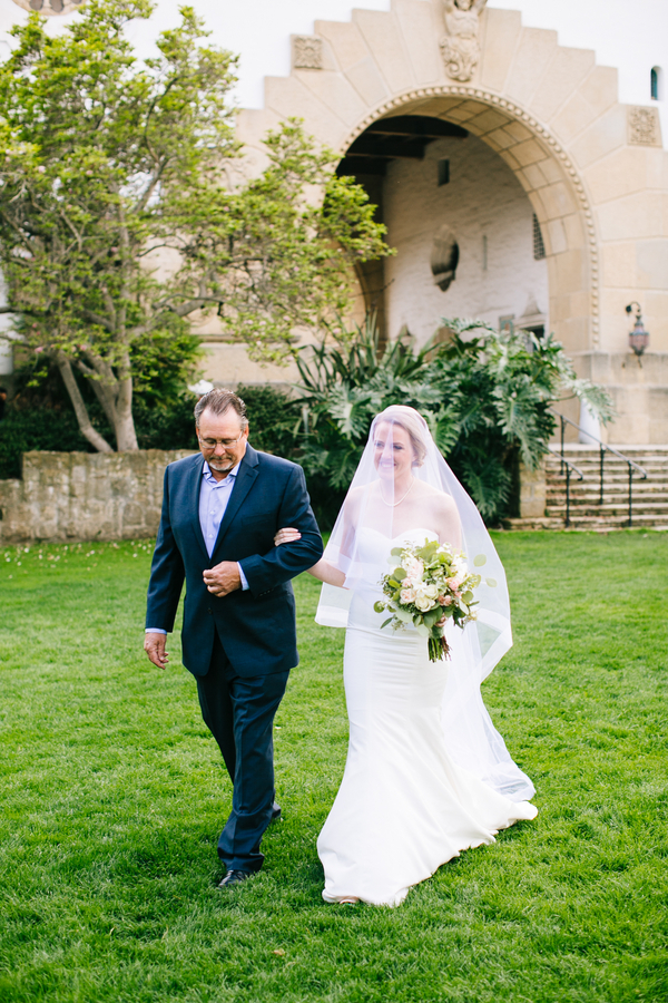 santabarbarawedding.com | Photo: Camryn Claire | Santa Barbara Courthouse Wedding Ideas