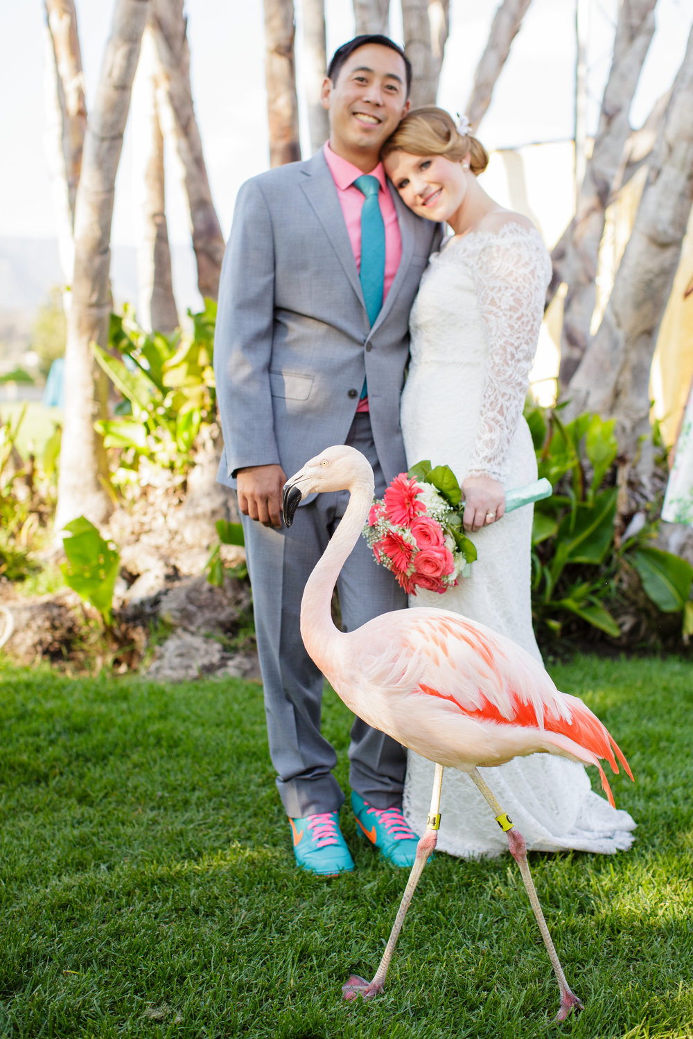 santabarbarawedding.com | Photo: Mary Jane Photography | Travel themed wedding ideas at the Santa Barbara Zoo