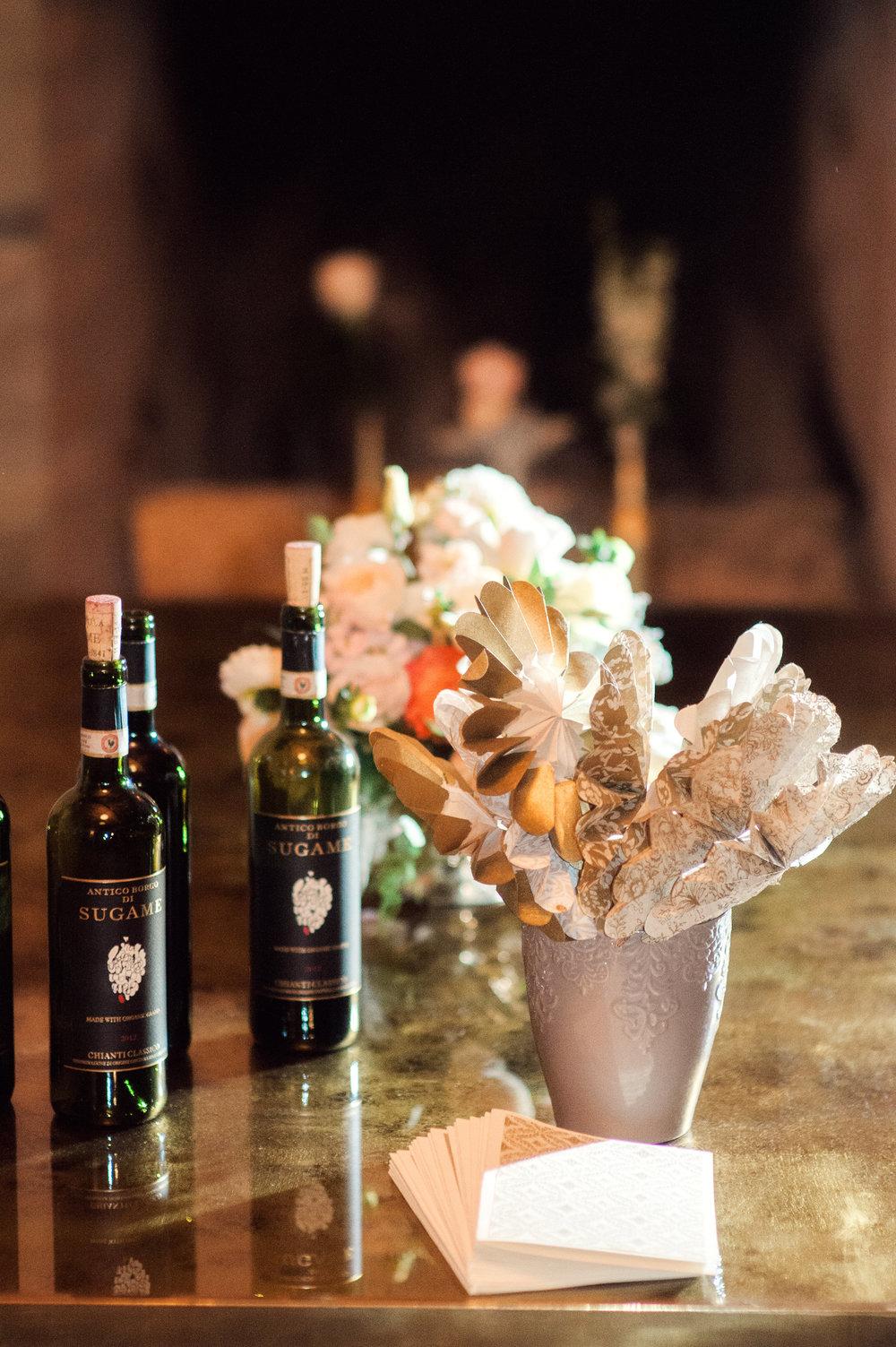 santabarbarawedding.com | Wisteria Lane Flroal Design Studio | Bride and Groom | Garden Roses | Tea Roses | Spray Roses | Bar Station