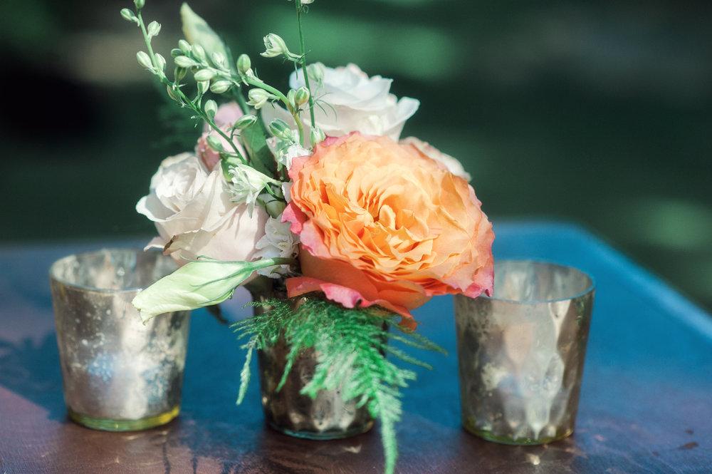 santabarbarawedding.com | Wisteria Lane Flroal Design Studio | Bride and Groom | Garden Roses | Tea Roses | Cocktail Hour Floral