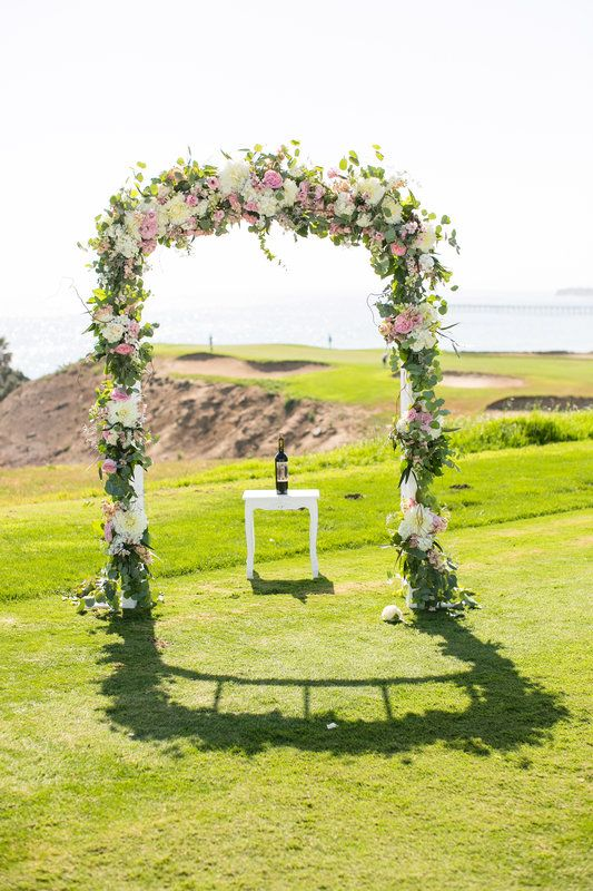 santabarbarawedding.com | Sandpiper Golf Club | Wedding location | Golf Course Ceremony Altar