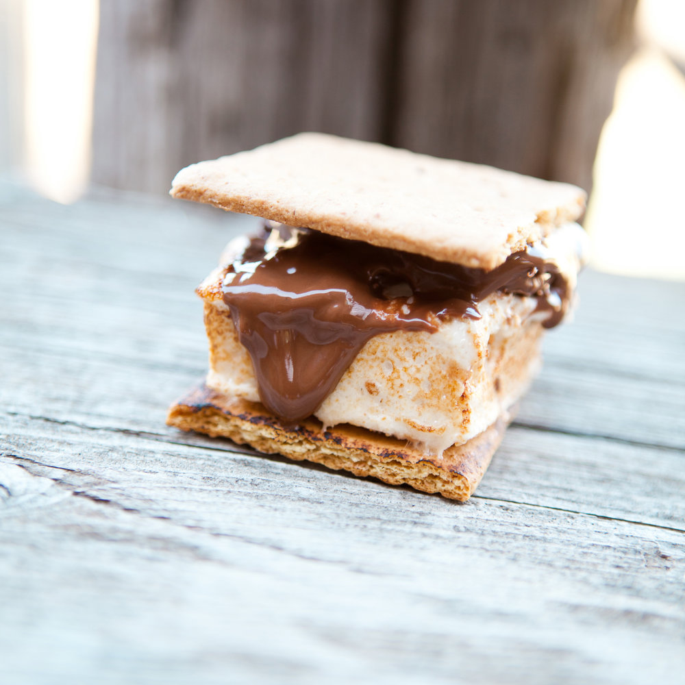 santabarbarawedding.com | Feast & Fest Catering | S'Mores | Laura Griertravel