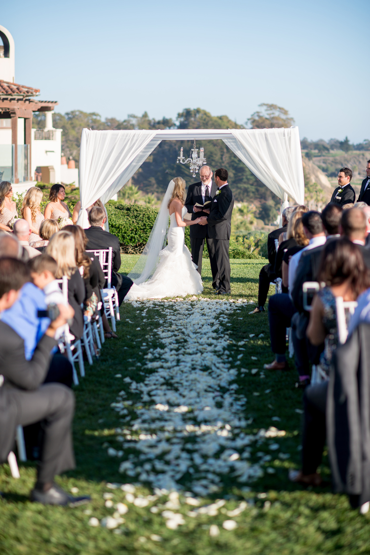 www.santabarbarawedding.com | Coco Rose Design | Floral | Wedding Flowers | Bacara Resort and Spa | Ceremony Chuppah