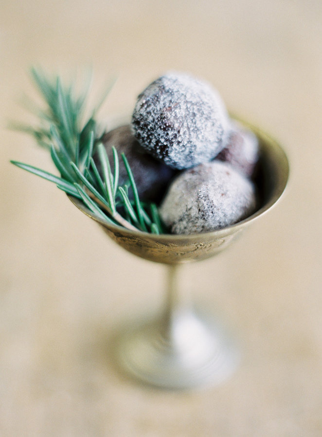www.santabarbarawedding.com | Jessica Foster Confections | Chocolate Truffles | Wedding Favors