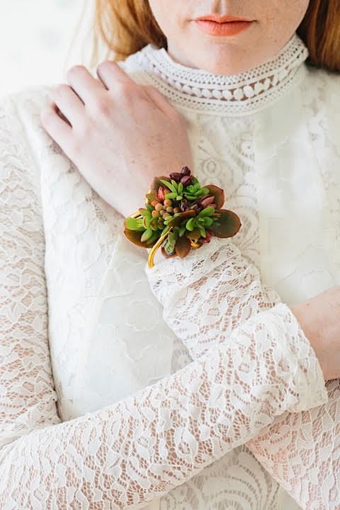 www.santabarbarawedding.com | www.margaretjoanflorals.com | Wedding Floral | Wedding Florist | Succulent Corsage