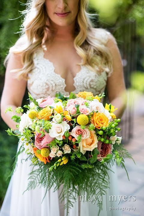 www.santabarbarawedding.com | www.margaretjoanflorals.com | Wedding Floral | Wedding Florist | Yellow Bride Bouquet