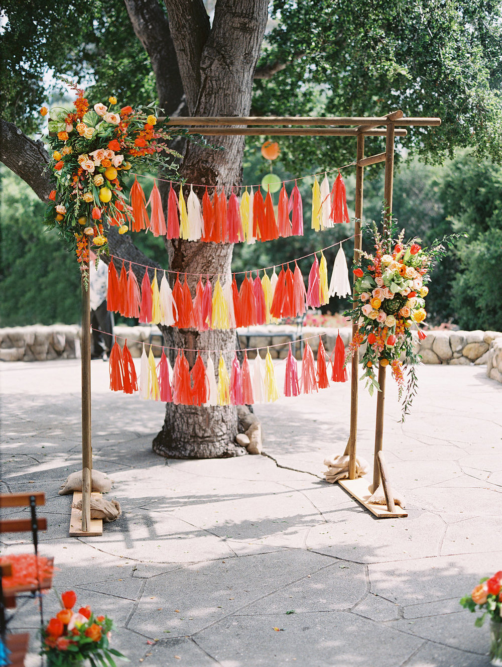 santabarbarawedding.com | Photo: Lavender and Twine | Sunset Color Wedding Ideas