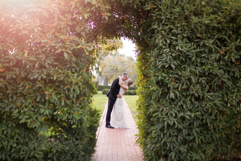 www.santabarbarawedding.com | Anna J Photography | University Club of Santa Barbara | Bride and Groom