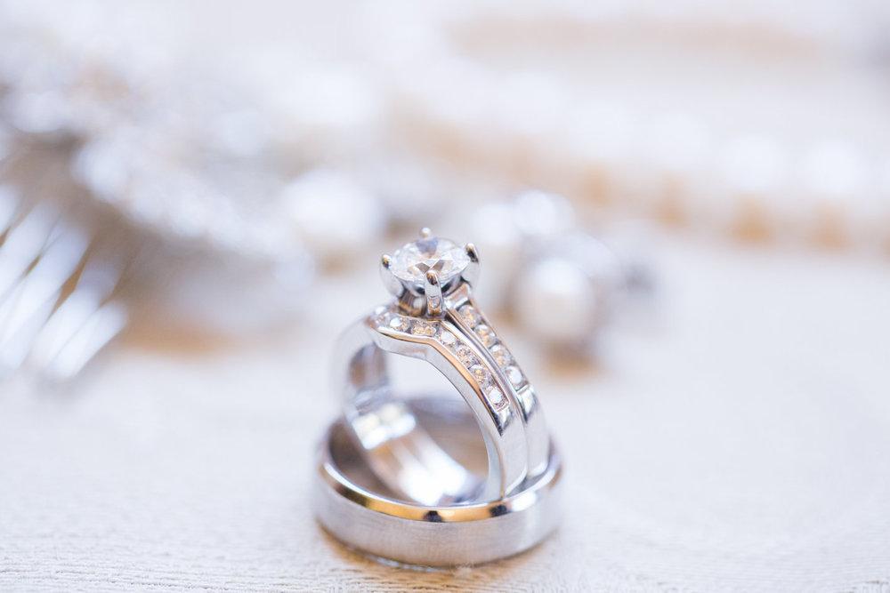 www.santabarbarawedding.com | Anna J Photography | University Club of Santa Barbara | Wedding Rings