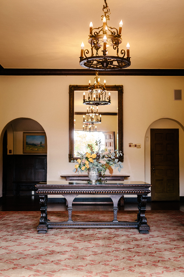 009-Riviera Mansion-reception-detail.jpg
