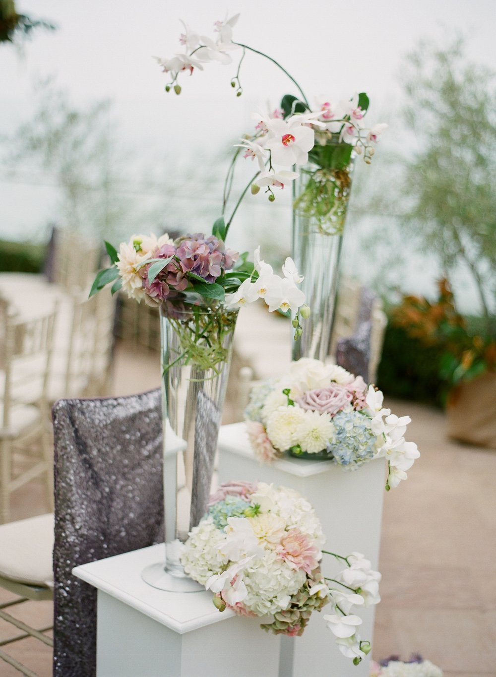 santabarbarawedding.com | Four Seasons Biltmore Wedding in Santa Barbara | Magnolia Event Design | Jose Villa | Floral