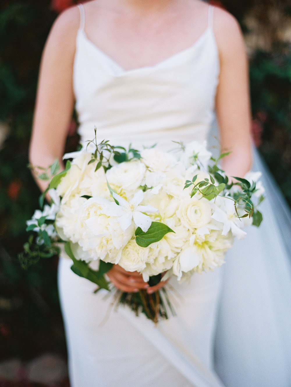 www.santabarbarawedding.com | San Ysidro Ranch | Pat Moyer Photography | Bridal Bouquet