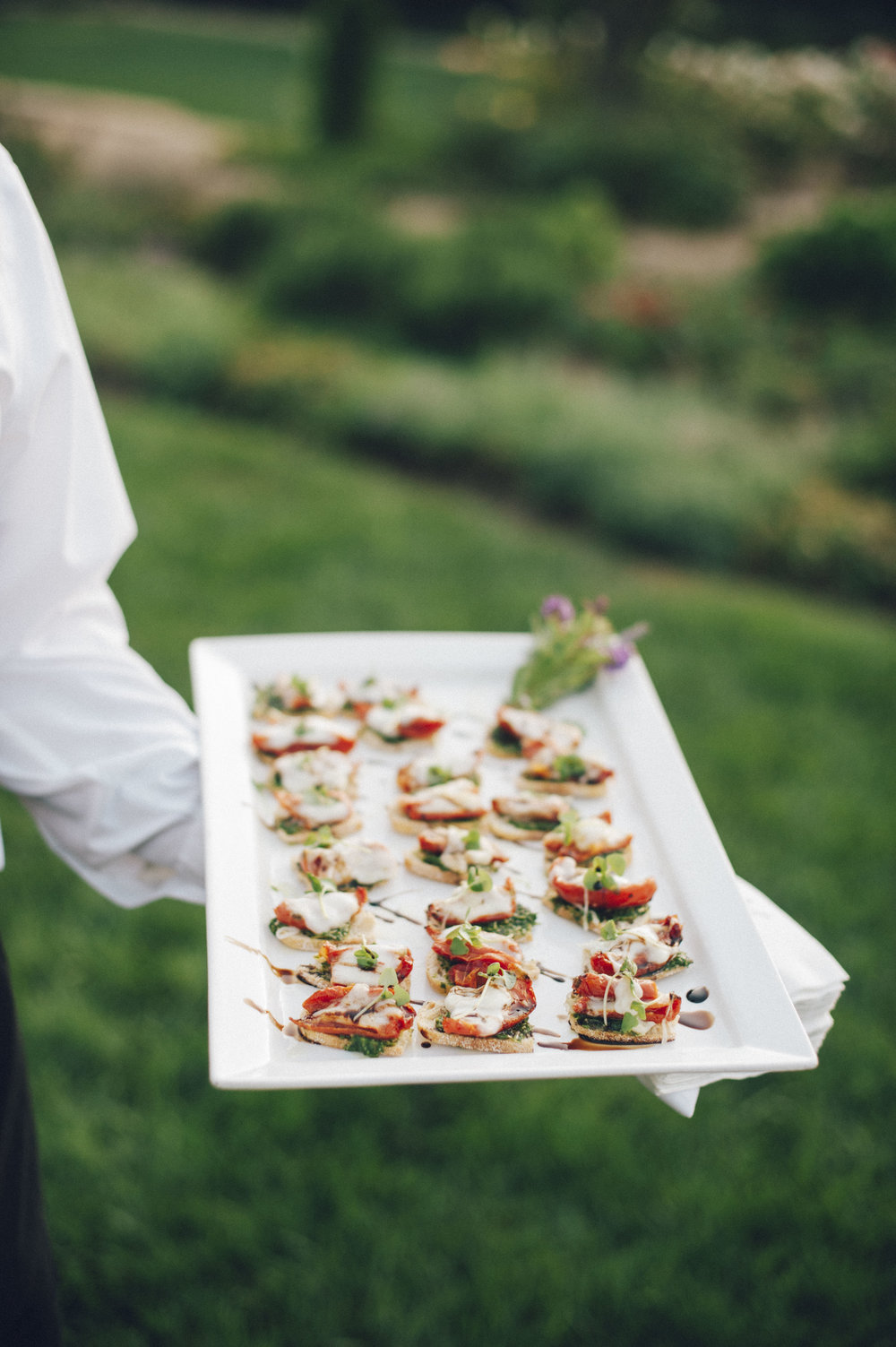 www.santabarbarawedding.com | San Ysidro Ranch | Pat Moyer Photography | Appetizers