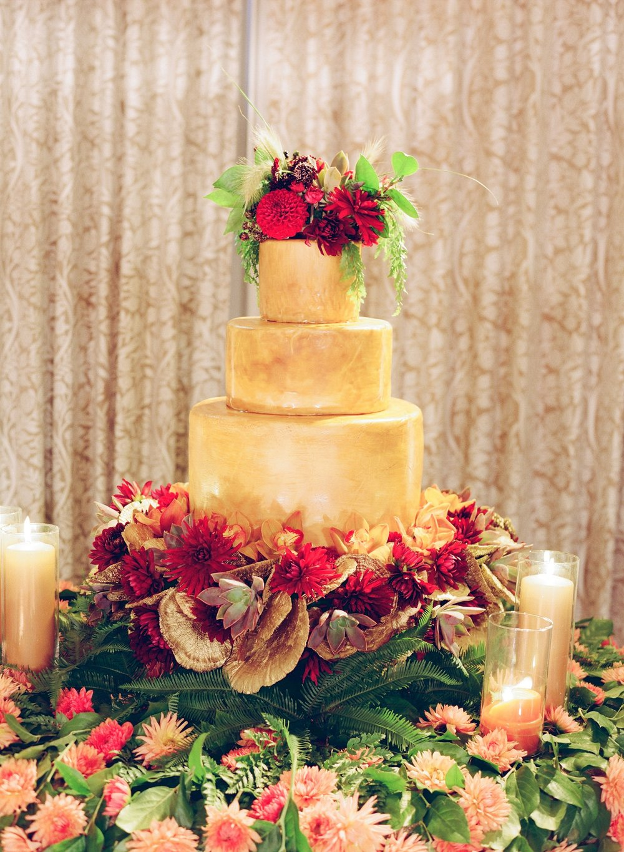 santabarbarawedding.com | Belmond El Encanto | Magnolia Event Design | Jose Villa | Wedding Cake