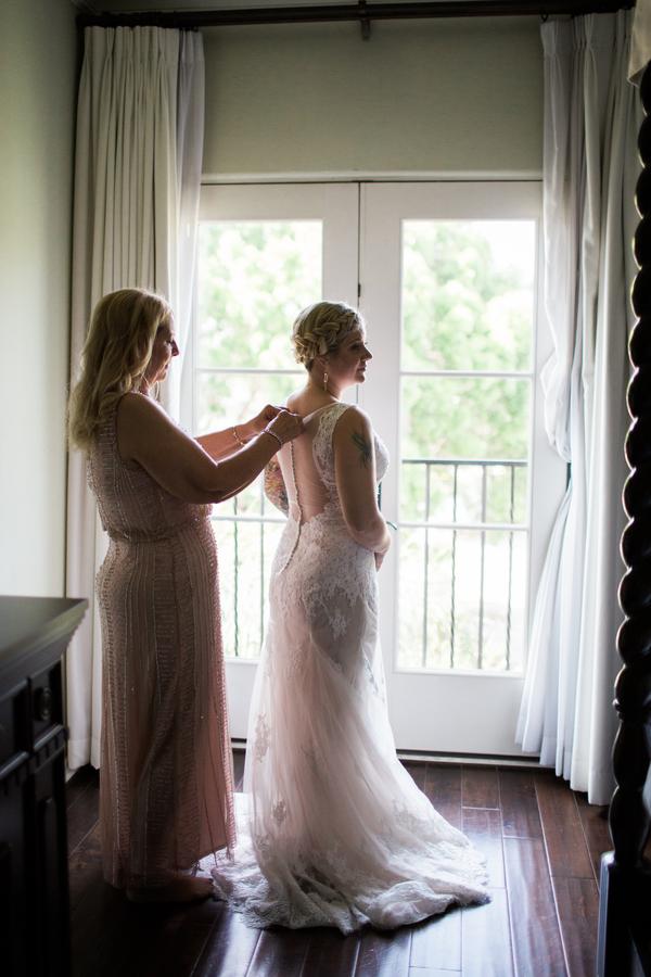 www.santabarbarawedding.com | Canary Hotel | Harmony Lynn Photography | Bride