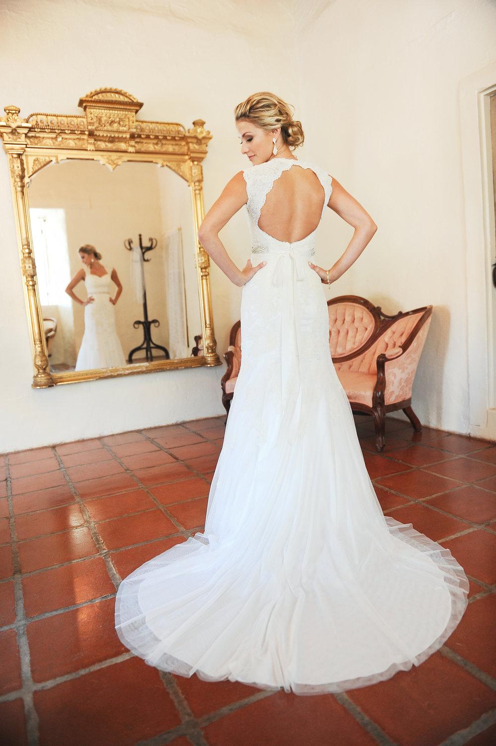www.santabarbarawedding.com | JKoe Photography | Santa Barbara Historical Museum | Bride
