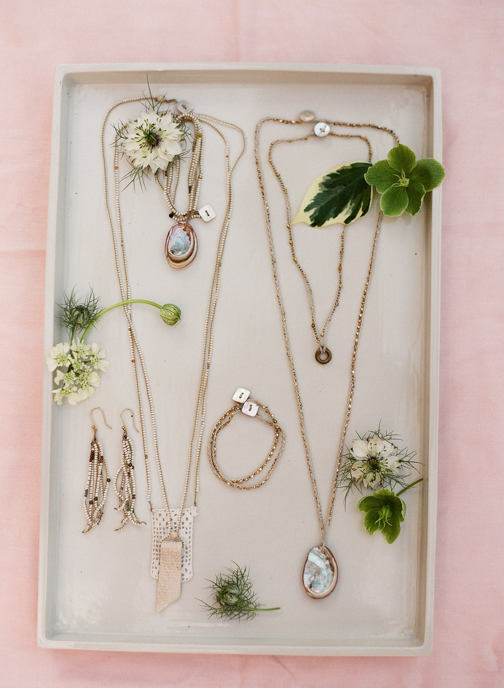 www.santabarbarawedding.com | Megan Sorel Photography | Bridal Accessories