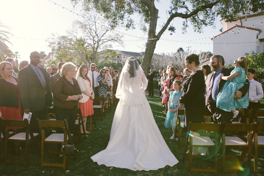 www.santabarbarawedding.com | By Cherry Photography | Santa Barbara Club | Ceremony