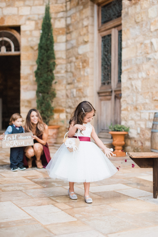 www.santabarbarawedding.com | Grace Kathryn Photography | Sunstone Winery | Flower Girl