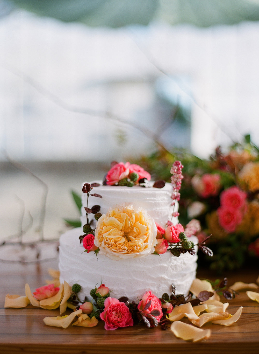 www.santabarbarawedding.com | Megan Sorel Photography | Dos Pueblos Orchid Farm | Wedding Cake
