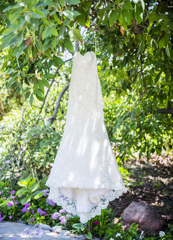 www.santabarbarawedding.com | Willa Kveta Photography | Gerry Ranch | Wedding Dress
