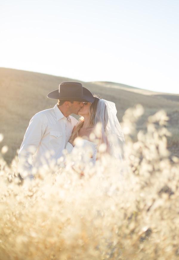 www.santabarbarawedding.com | Lauren Cicileo Photography | Bride and Groom