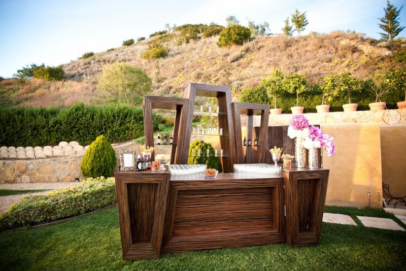 www.santabarbarawedding.com | Rrivre  Works | Event Rental | Wooden Bar | Wedding Rentals