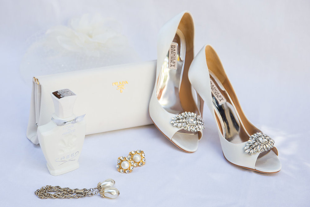 www.santabarbarawedding.com | Melissa Musgrove Photography | Four Seasons Resort The Biltmore | Bridal Accessories