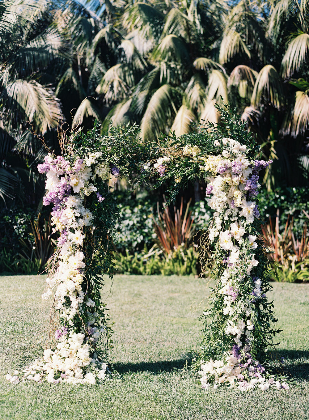 www.santabarbarawedding.com | Ashley Kelemen Photography | Four Seasons Santa Barbara | Ceremony Arch