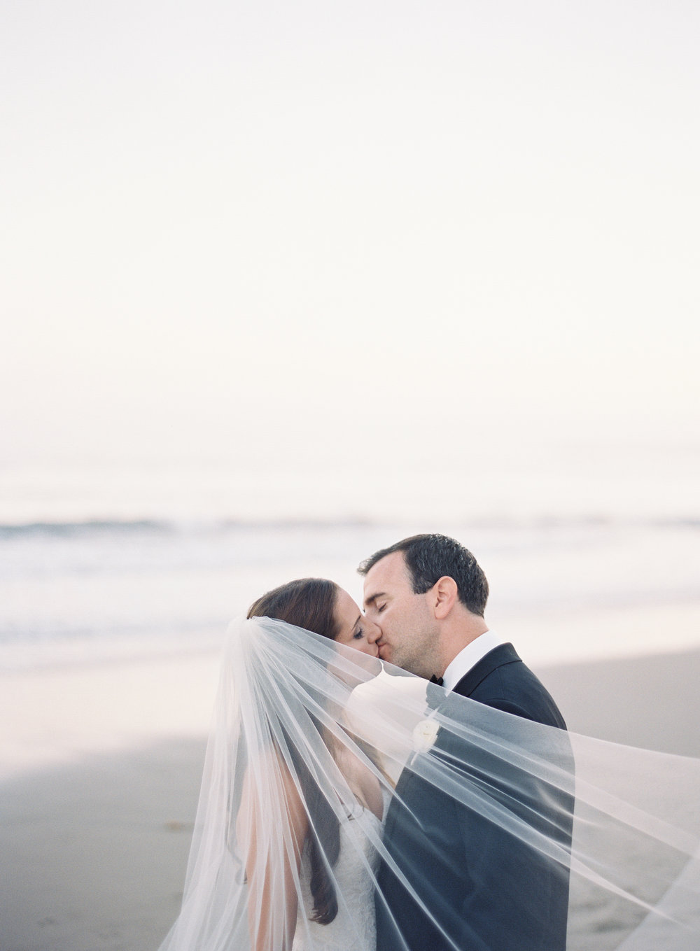www.santabarbarawedding.com | Ashley Kelemen Photography | Four Seasons Santa Barbara | Bride and Groom