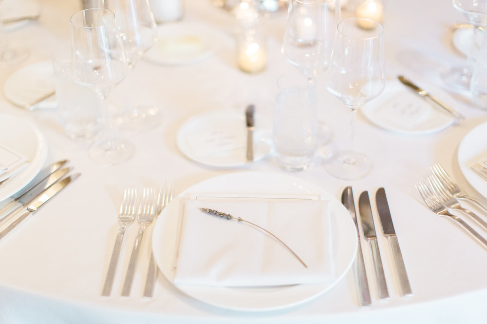 www.santabarbarawedding.com | Ashley Kelemen Photography | Four Seasons Santa Barbara | Reception Place Setting
