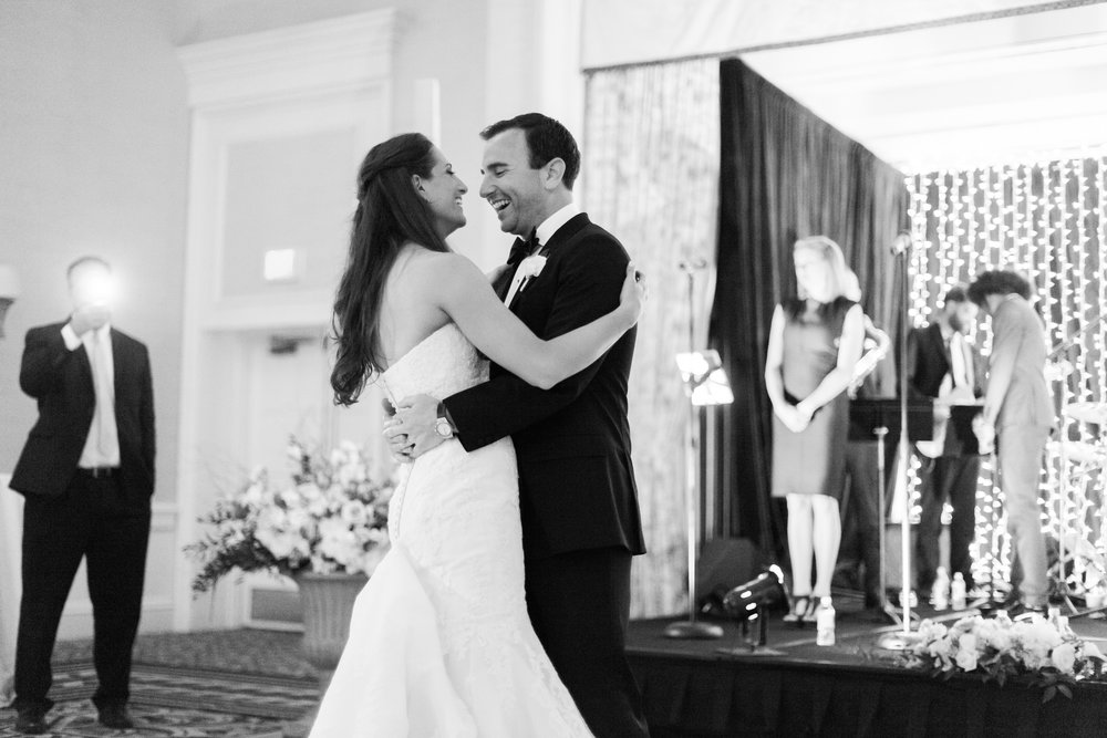 www.santabarbarawedding.com | Ashley Kelemen Photography | Four Seasons Santa Barbara | Bride and Groom | First Dance