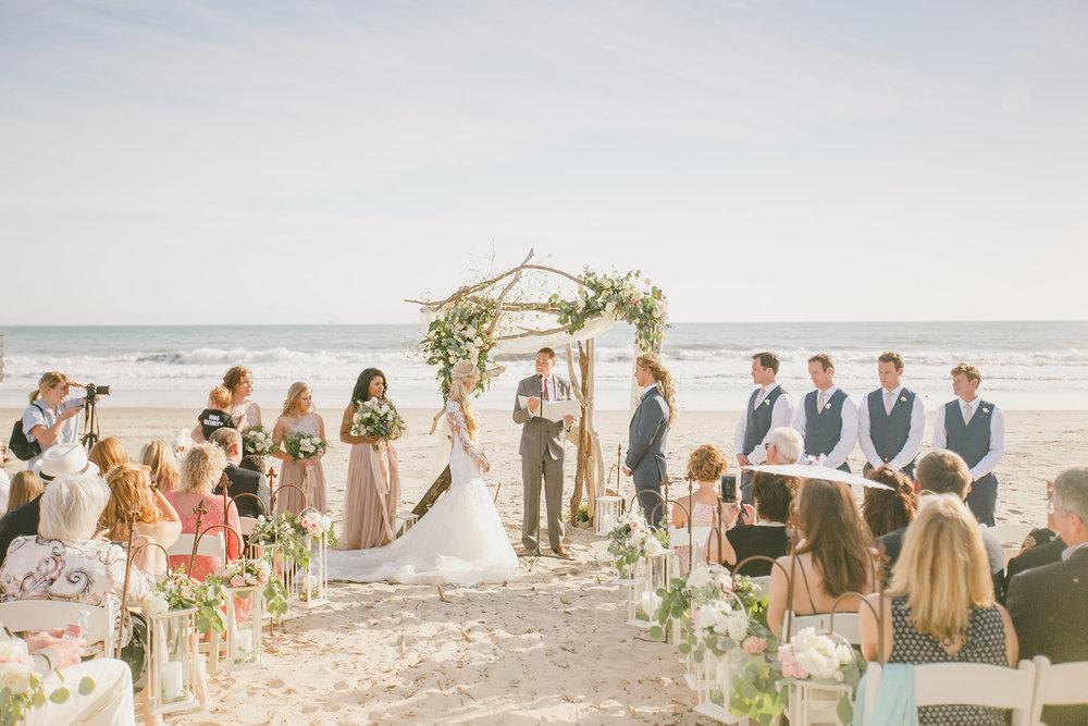 www.santabarbarawedding.com | Kristen Booth Photography | Rincon Beach Club | Ceremony