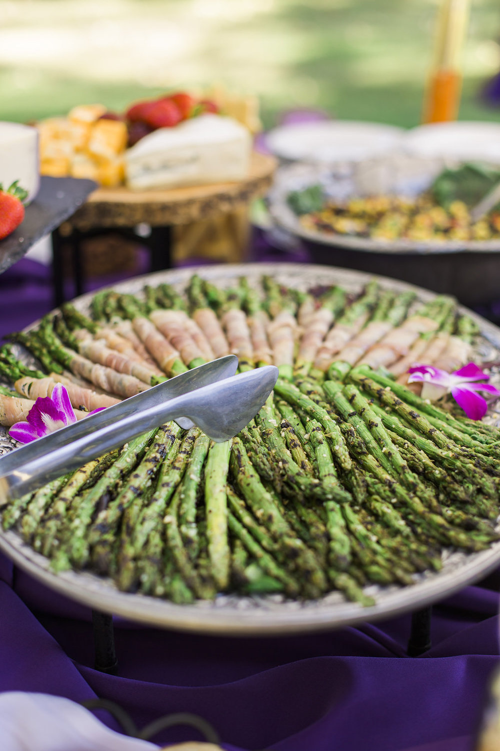 www.santabarbarawedding.com | hors d'ouvres | appetizer tips | Catering connection | prosciutto wrapped asparagus | wedding menu