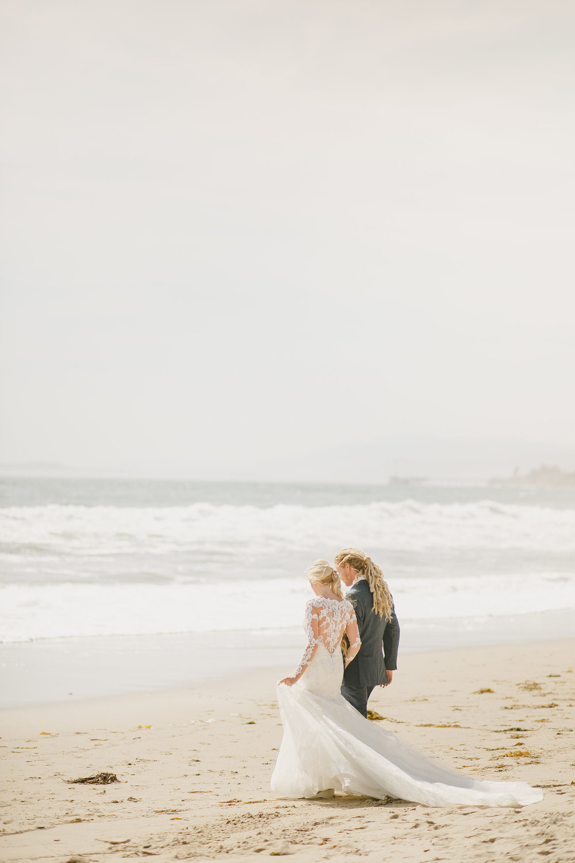 www.santabarbarawedding.com | Kristen Booth Photography | Rincon Beach Club | Bride and Groom