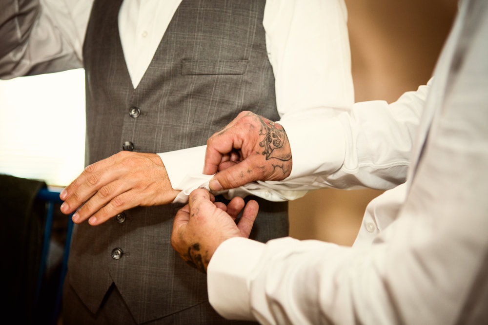 www.santabarbarawedding.com | Andrejka Photography | Red Tail Ranch | Groom Getting Ready
