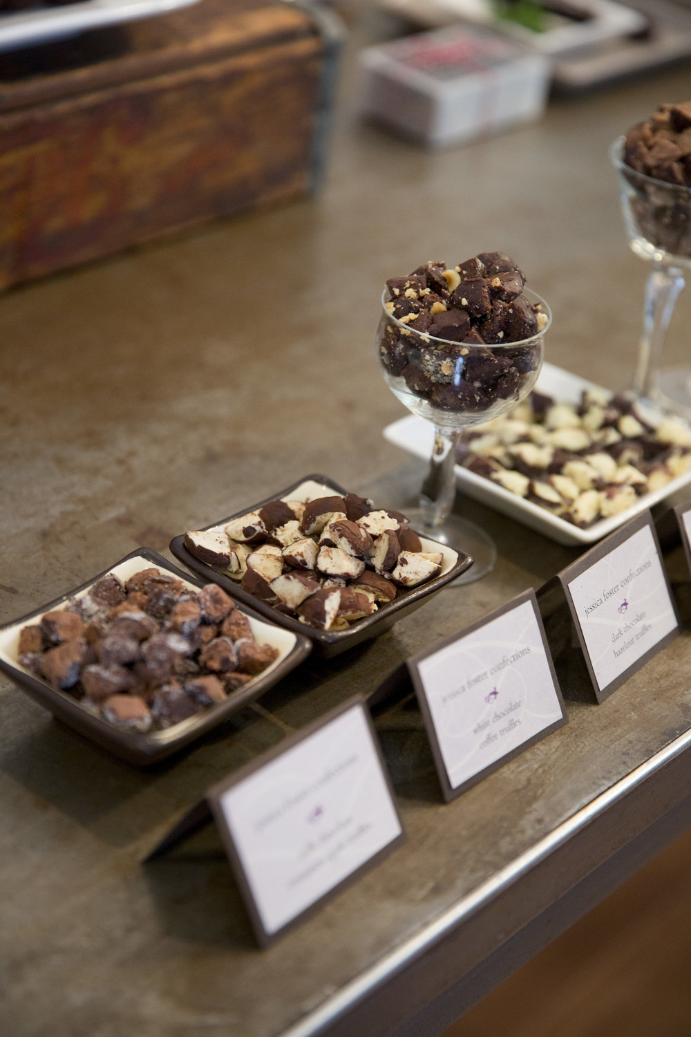 www.santabarbarawedding | Jessica Foster Confections | Dessert Bar | Chocolate Truffles | Kristen Beinke Photography