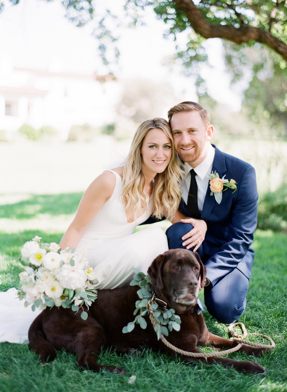 www.santabarbarawedding.com | Michelle Beller Photography | Ojai Valley Inn | Bride and Groom and Dog