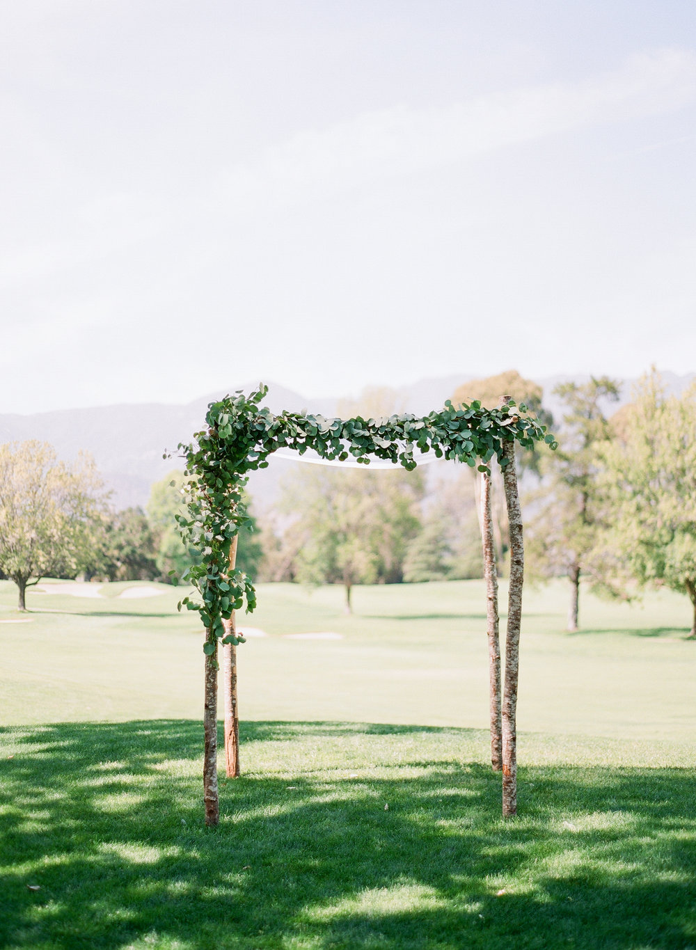 www.santabarbarawedding.com | Michelle Beller Photography | Ojai Valley Inn | Wedding Arch | Ceremony