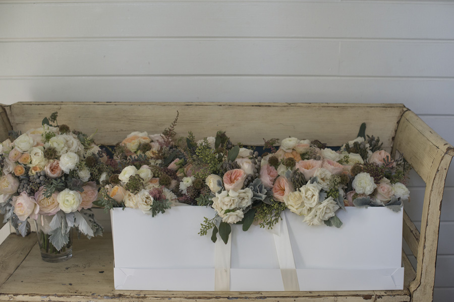 www.santabarbarawedding.com | San Ysidro Ranch | David Kepner Photography | Floral Arrangement
