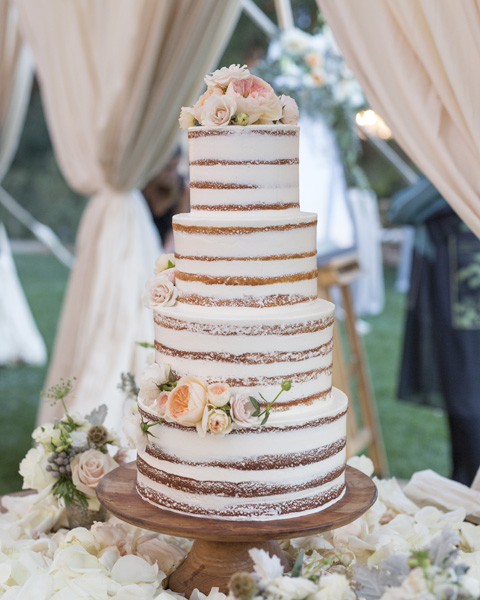 www.santabarbarawedding.com | San Ysidro Ranch | David Kepner Photography | Wedding Cake